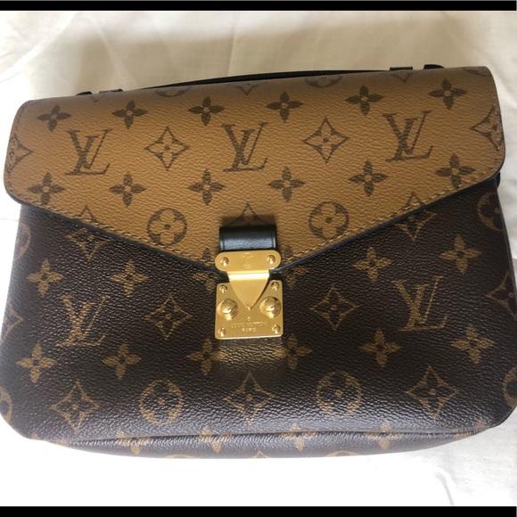 Louis Vuitton Handbags - Louis Vuitton Pochette Metis Reverse